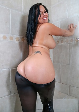 women with big butts in pantyhose