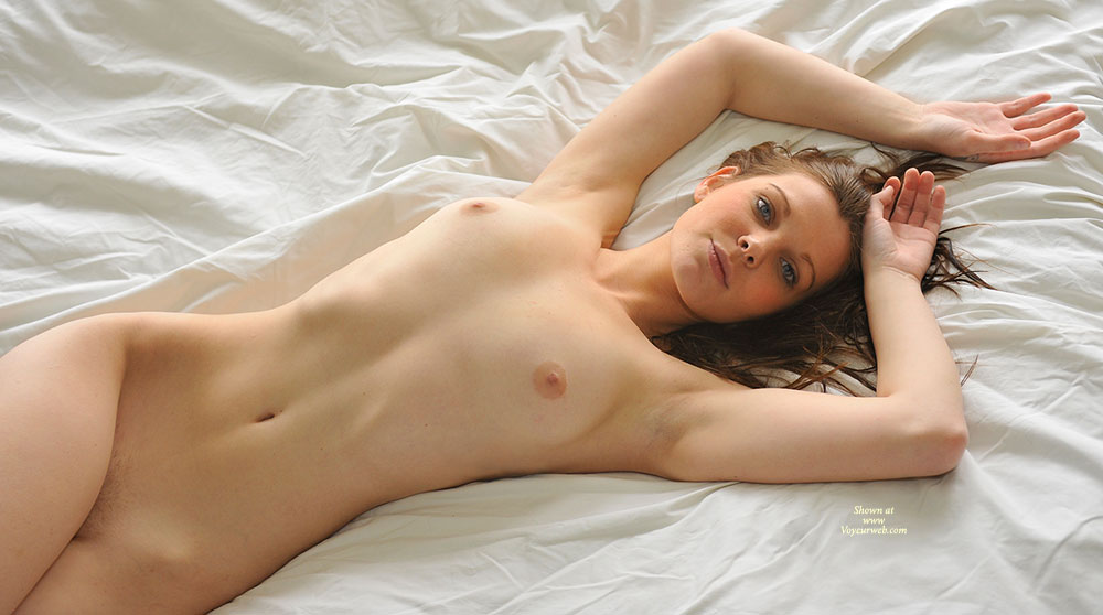 sexy naked girls picture